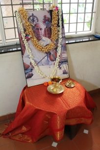Lighting the candle for Lalgudi G. Jayaraman, and to inaugurate Violin Wise
